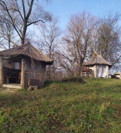 Баня на дровах возле реки в Чернигове село Гущин